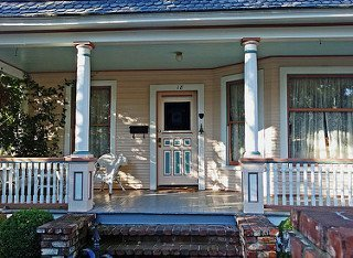 Prescott Maid to Order handles exterior maintenance and small repairs in addition to house cleaning in Prescott.